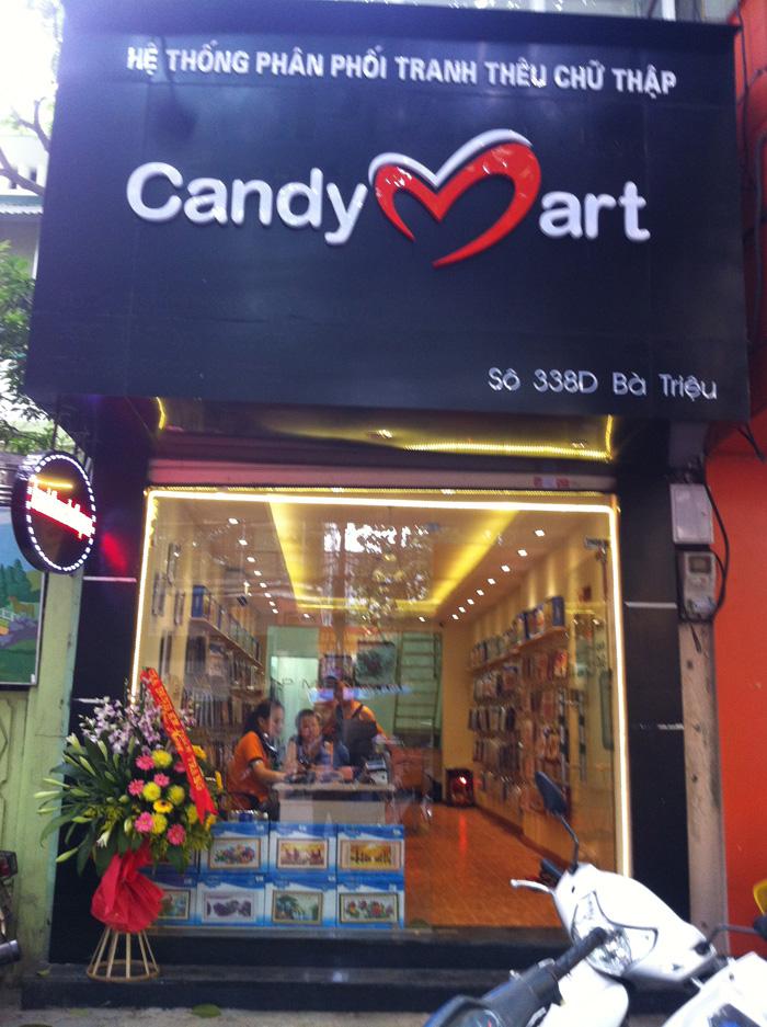 Tranh thêu chữ thập Candy triển khai chương trình khuyến mại lớn.