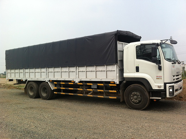 Những khó khăn của hoạt động vận tải hàng nội địa trên đường bộ